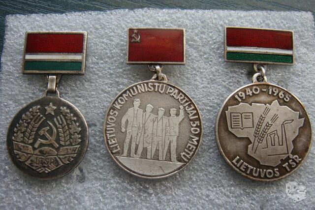 Sidabriniai medaliukai