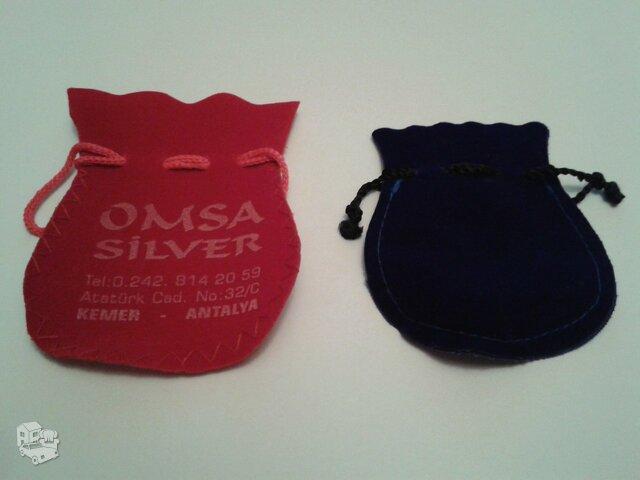 Medžiaginiai papuošalų maišeliai