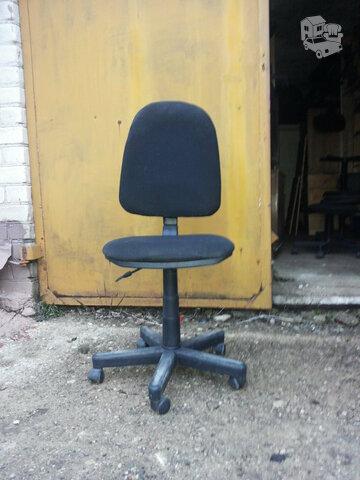 Naudota kėdė su ratukais