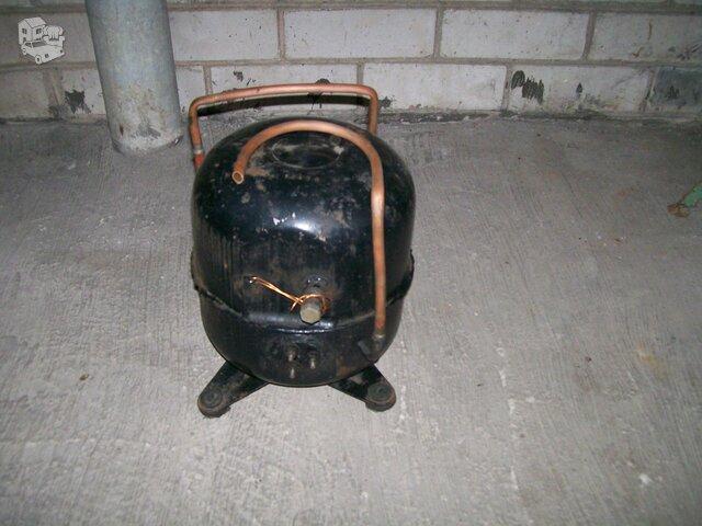 Rusiško kondicionieriaus kompresorius