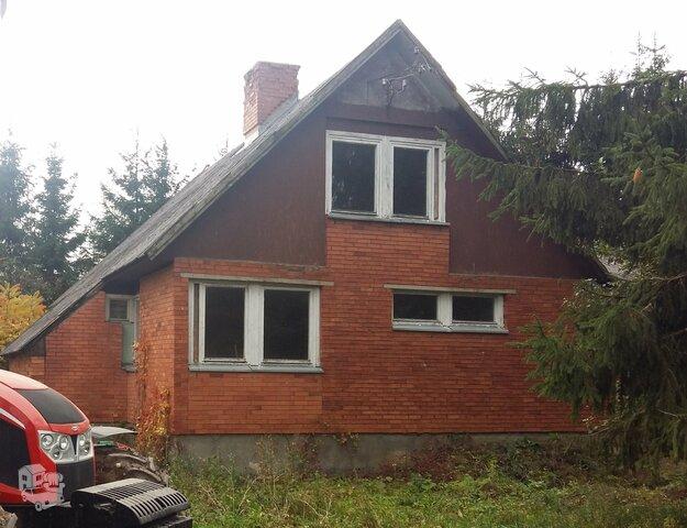 Gyvenamasis namas Biržų r. sav., Juostaviečiuose